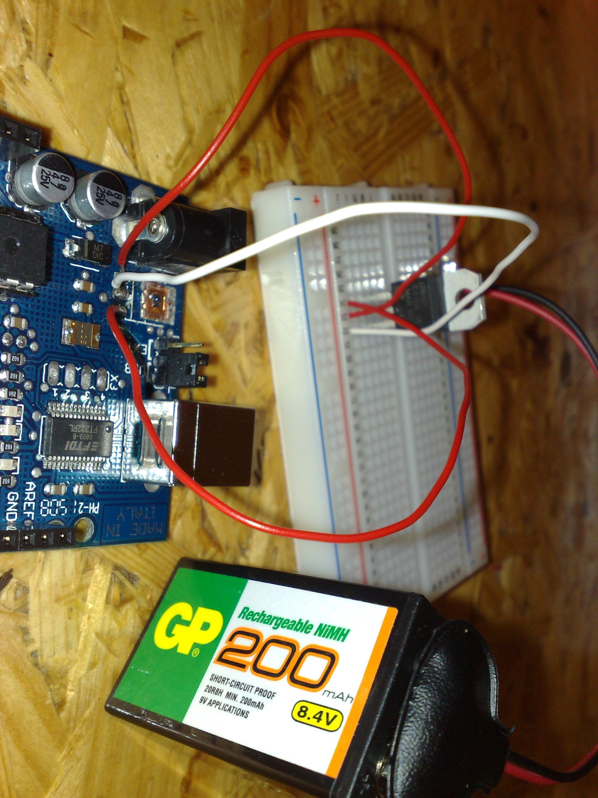 Arduino with broken voltage regulator 2