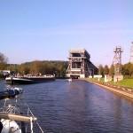 Vor dem Schiffshebewerk Niederfinow